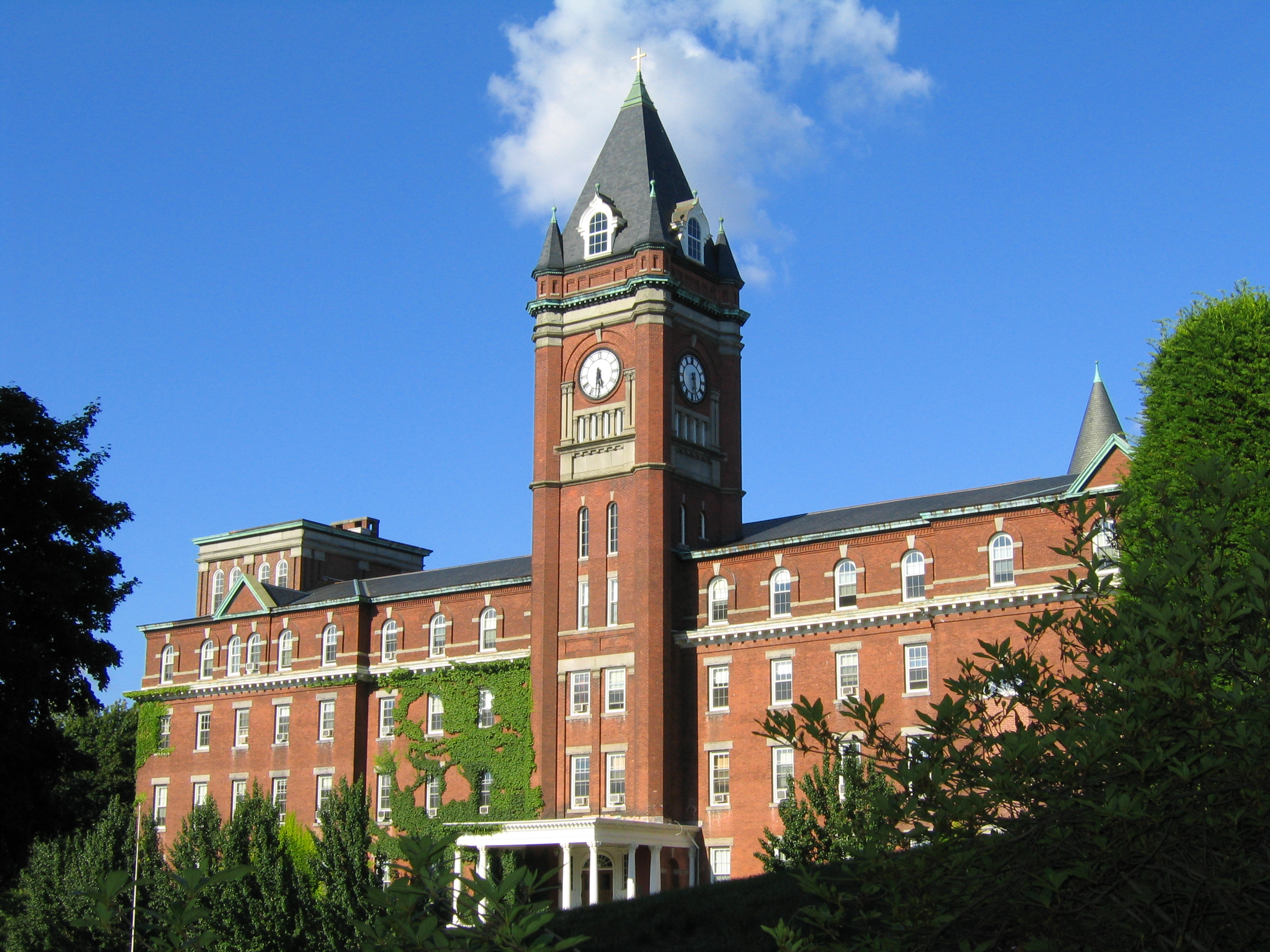 holy cross campus